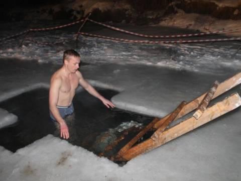 Кизильчане в Крещение окунались в купель
