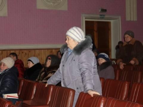 На сходе в Измайловском жители активно задавали вопросы