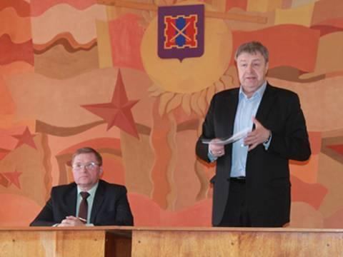Депутат Государственной Думы РФ Виталий Бахметьев посетил Кизильский район с рабочим визитом