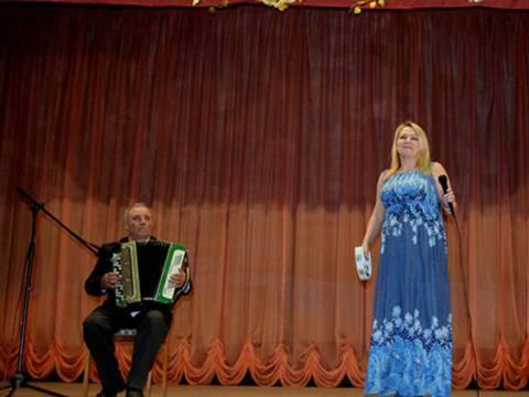 В поселке Гранитный Кизильского района состоялся отчетный концерт местных коллективов художественной самодеятельности
