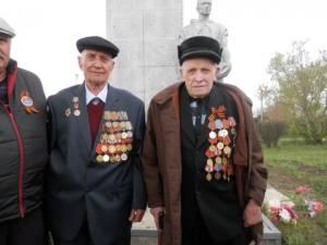 В поселке Сыртинский Кизильского района встретили 72 годовщину Победы
