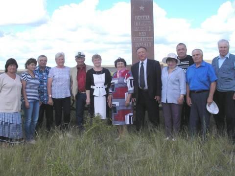 В поселке Красногвардейском прошло выездное заседание Президиума районного Совета ветеранов, посвященное сохранению памятников