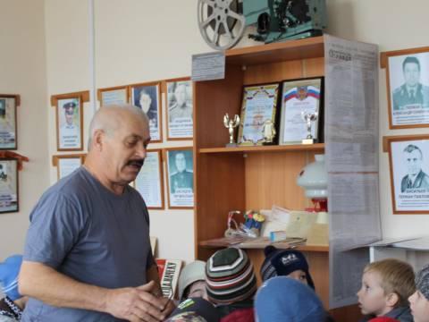 Воспитанники Кизильского детского сада № 2 «Малышок» побывали на экскурсии в здании ОВД