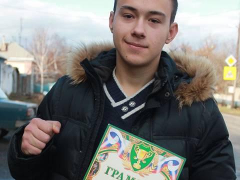 Воспитнник Кизильского ДЮСШ одержал победу в ежегодном турнире по боксу