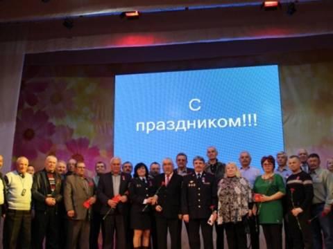 Полицейские Кизильского района поздравили ветеранов с профессиональным праздником