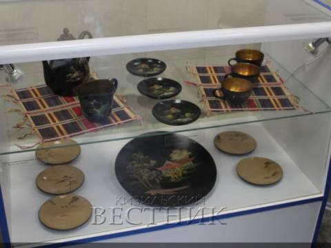 """В Аркаиме открыта уникальная выставка """"Восточные артефакты"""""""